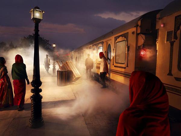 treno sera india.jpg