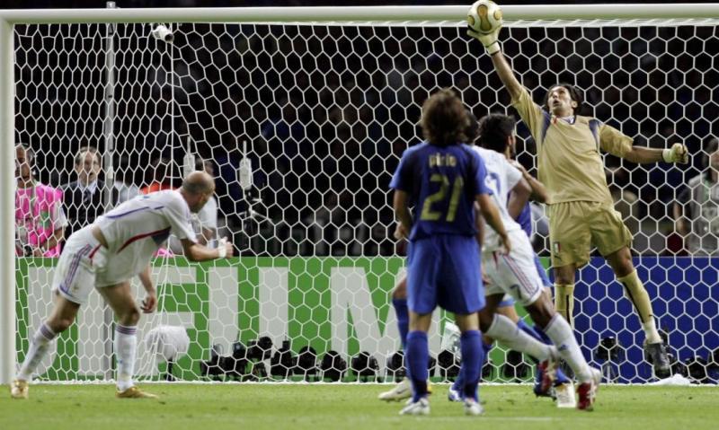 Buffon.Zidane.2006.parata.1080x648.jpg